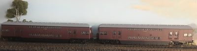 Casula Hobbies: RTR 1964 Sydney Electric Suburban Trailers: 2 car Indian Red set T4915 / T4920.