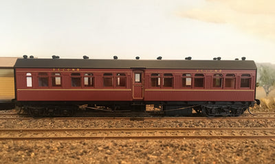 "Casula Hobbies: RTR FR un-numbered 2nd class ""R Type"" Car Indian Red NSWGR"