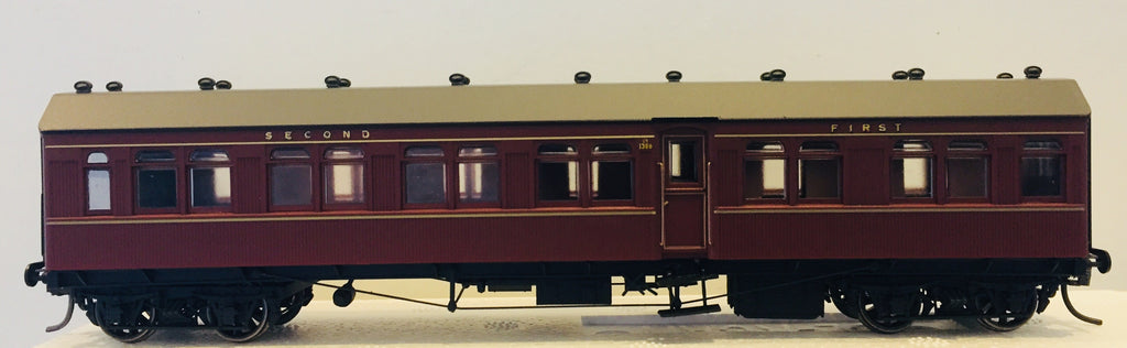Casula Hobbies: RTR CR1386 Composite Indian Red Single Car.