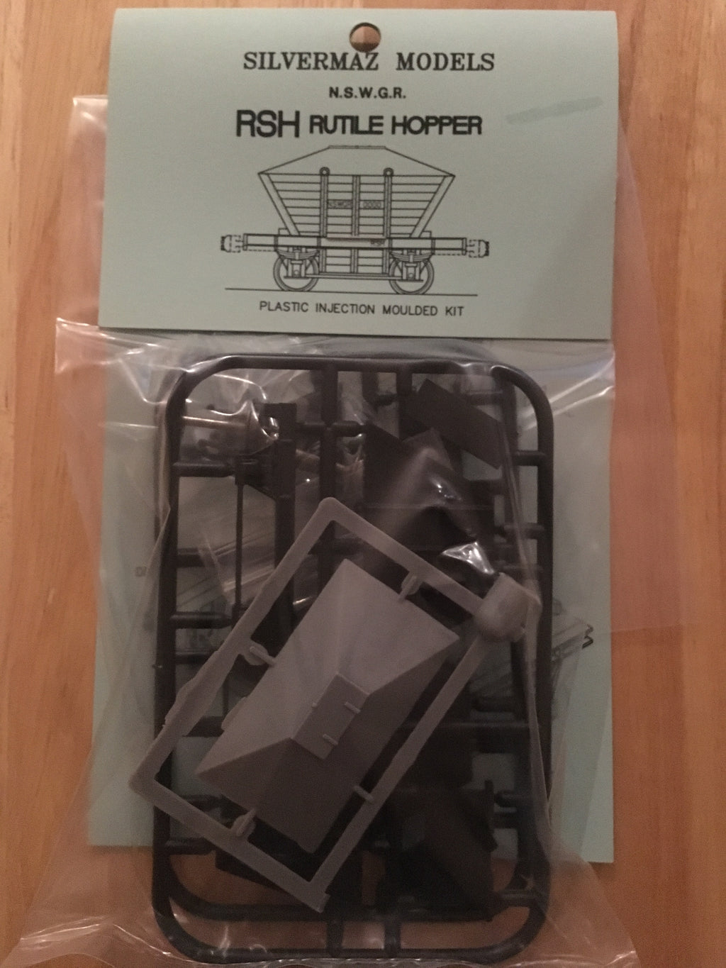 SILVERMAZ MODEL RAILWAYS : RSH Rutile Hopper Kit. NSWGR