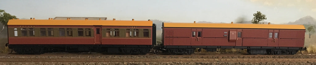 CR-EHO - RRP $285 : SAVE $35: CR - EHO R Type Cars Casula Hobbies RTR : CR1415 Tuscan & Russet Composite + EHO1290 Tuscan Brake Van, two Car Set. *