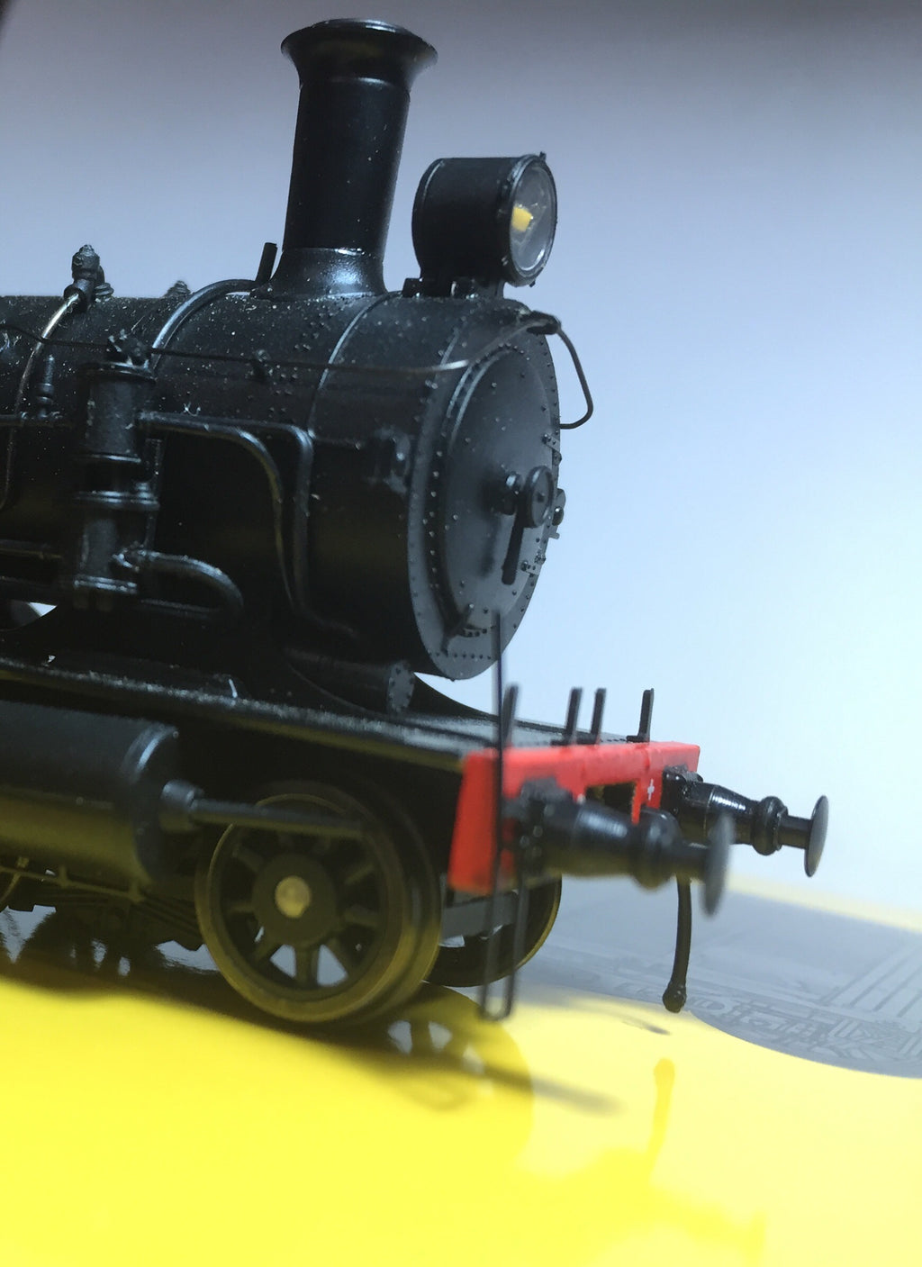 "WOMBAT MODELS  : 3016 BOGIE TENDER ""Drumhead Superheated"" LOCOMOTIVE Black Red Line MODEL C30T with round (2) relief valves, on top of firebox price $450.00 ea ""Due Mid to end September 2019"""
