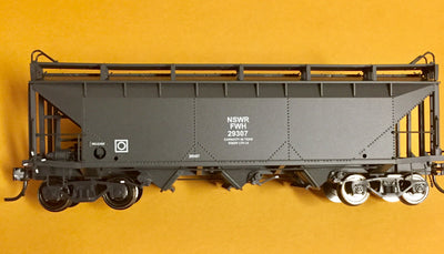 R.T.R. Hi Rail Models FWH 29307 Grain Wagon NSWGR HO. One only available.