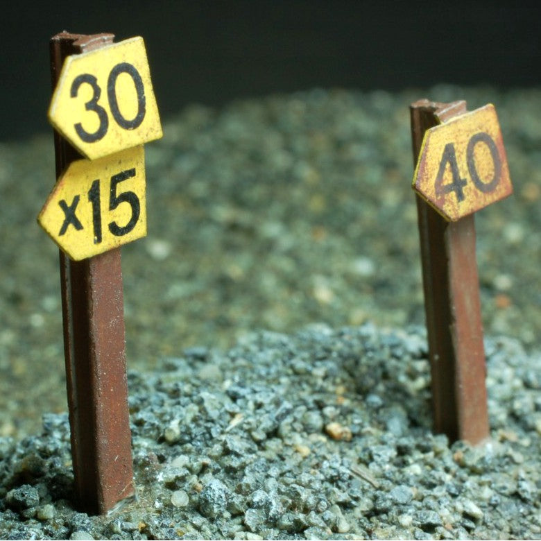 Uneek 480: HO Gauge Railway: Accessories: Speed Signs: Pkt 6: No. 480