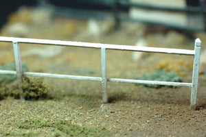 Uneek 563: HO Gauge Railway: Accessories: Platform fencing: Pkt: 6:  No. 563