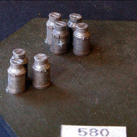 Uneek 580: HO Gauge Railway: Accessories: Milk Cans: Pkt: 7:  No. 580