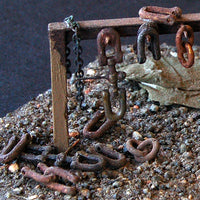 Uneek 641: HO Gauge Railway: Accessories: Coupling Shackles & D Shackles: Pkt: 12:  No. 641