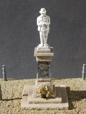 Uneek 840: HO Gauge Railway: War Memorial: Pkt 1: No. 840