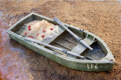 Uneek 890: HO Gauge Railway: Row Boat including oars: Pkt 1: No. 890