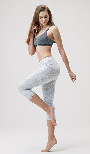 Mid-Waist Yoga Capris with Hidden Pocket