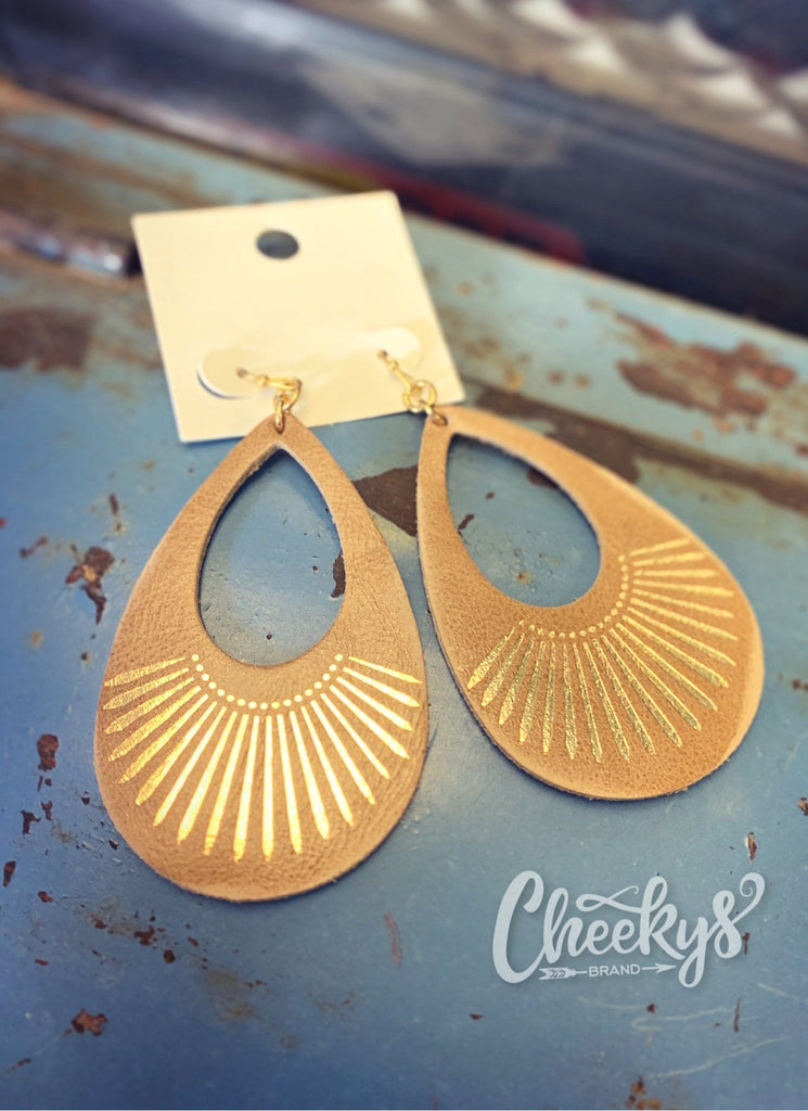 Clemente Earrings In Beige Jewelry 03