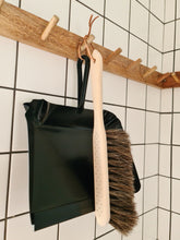 Load image into Gallery viewer, Iris Hantverk Dust Pan - Short Handle