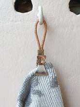 Load image into Gallery viewer, Meraki Towel Clip - Individual
