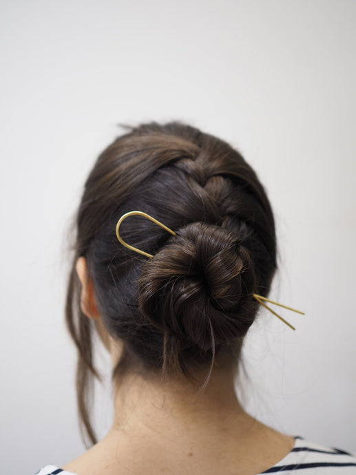 Roake Lizzy Minimal Brass Hair Pin - Straight