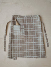 Load image into Gallery viewer, Fine Little Day Checkered Jacquard Woven Waist Apron