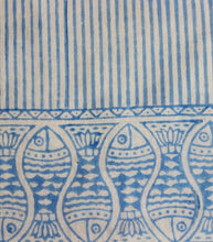 Load image into Gallery viewer, Table Runner Fish Design Hand Block Printed Cotton