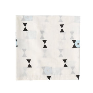 SWADDLE  BOW BEAR  WHITE BLACK BLUE