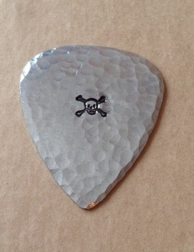 Skull & Crossbones Guitar Pick