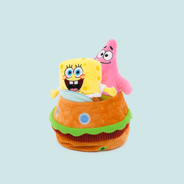 Spongebob™ and Patrick in the Krabby patty car.
