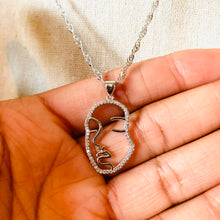 Load image into Gallery viewer, Silver Bling Face Twist Necklace