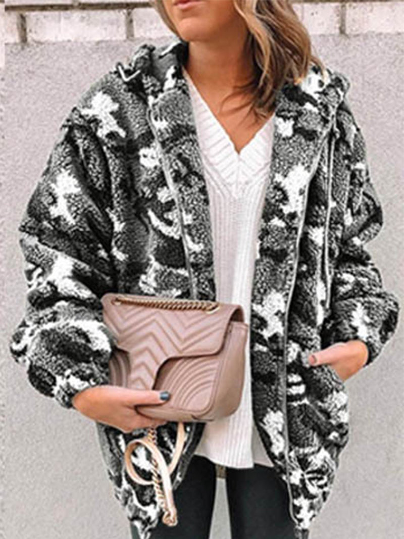 Plus Size Camouflage Zipper Hooded Plush Coat