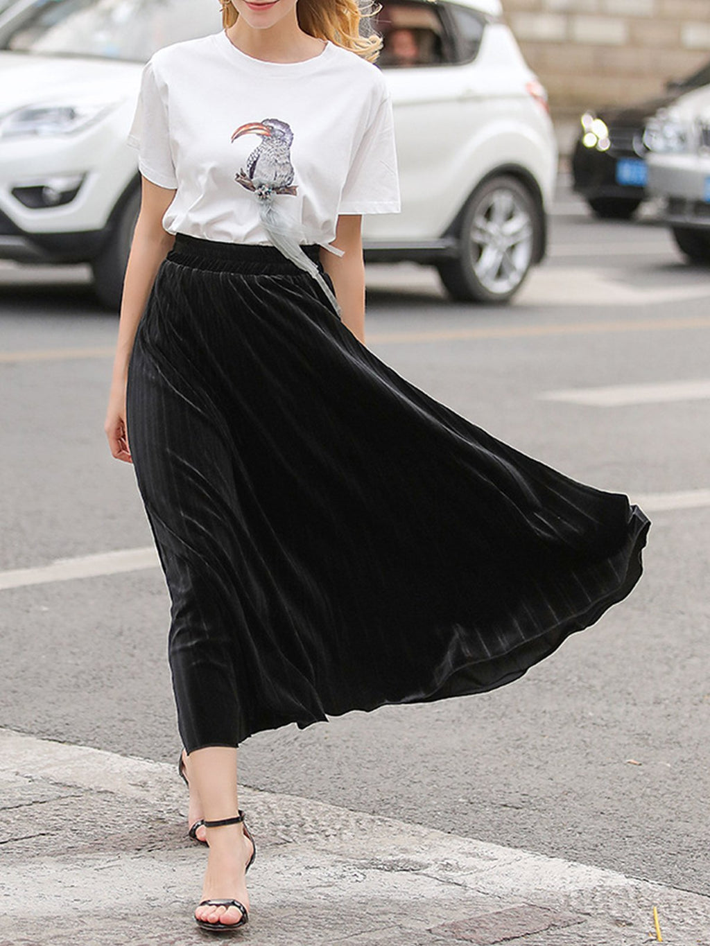 Chic Girl High Rise Velvet Maxi Swing Accordion Skirt