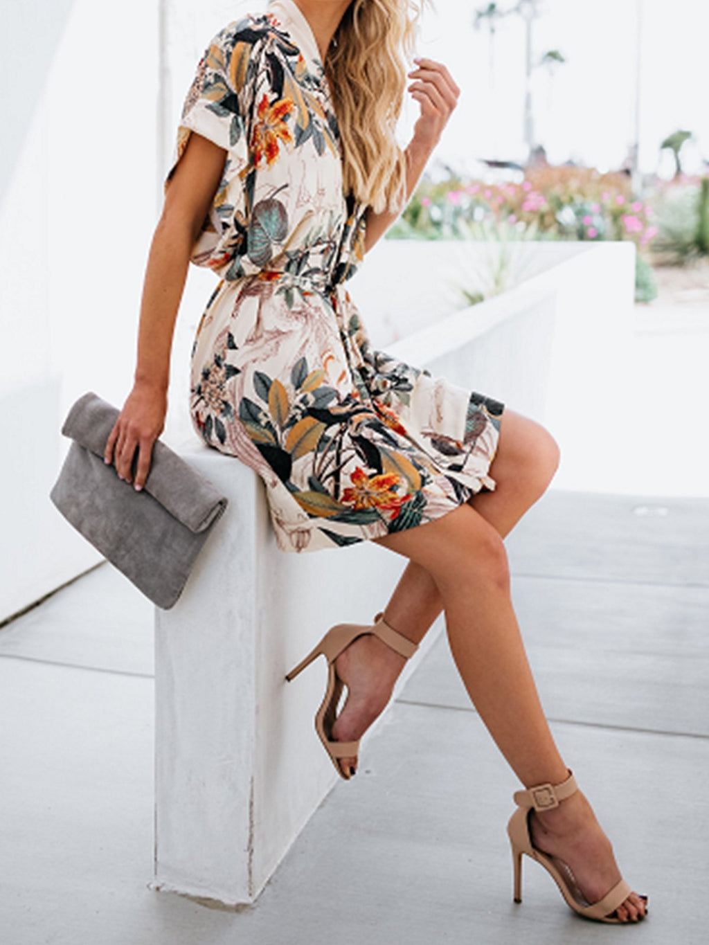 Floral Leaves Printed Belt Casual V Neck Dresses