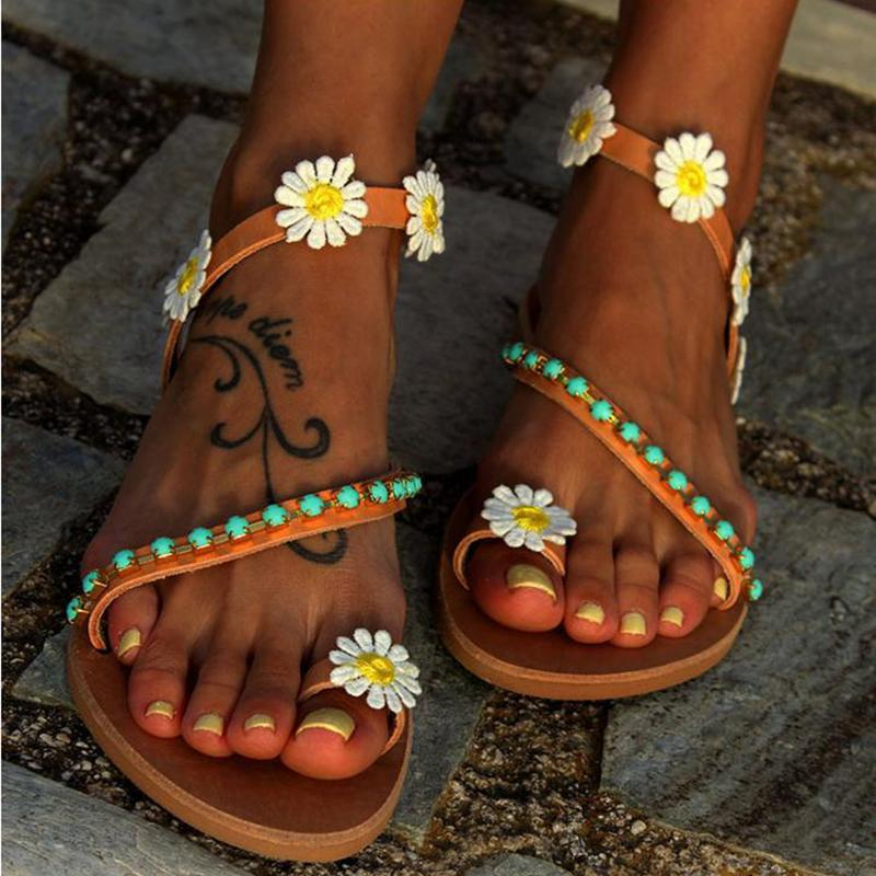 Plus Size Sandals Sweet Flower Beading Flip-flops Flat