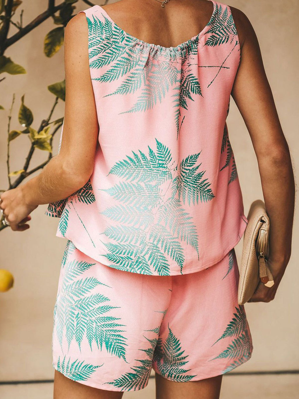 Chiffon Leaf Print Sleeveless V Neck Tank With Shorts Two-Piece Outfit