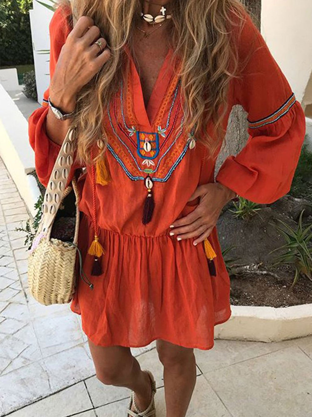 V Neck Tassel Puff Sleeve Apliqued Dress