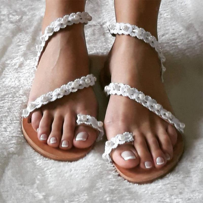 Simple Beading White Women Flip-flop Sandals