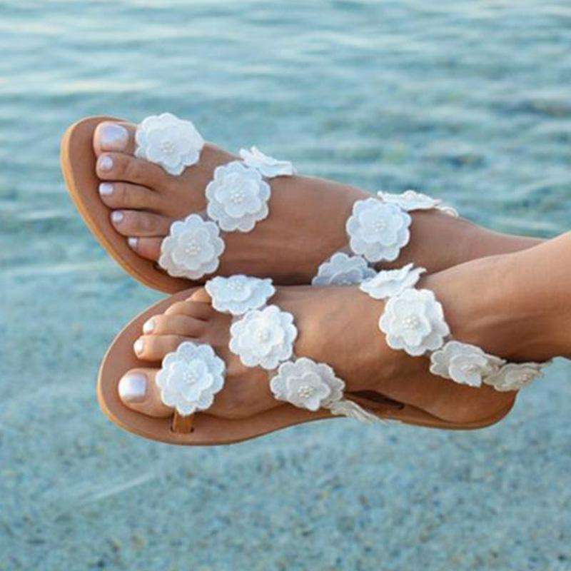 White Flower Appliqued Flip-flop Flat Women Sandals