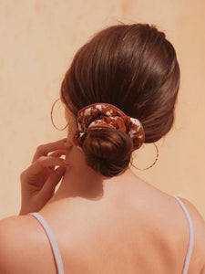 Chouchou Scrunchie X & Other Stories