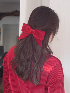 barrette cheveux accessoire hairclip mode femme paris vintage look fashion scrunchie red rouge velours velvet