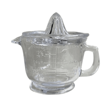 Load image into Gallery viewer, Glass Juicer & Measuring Jug
