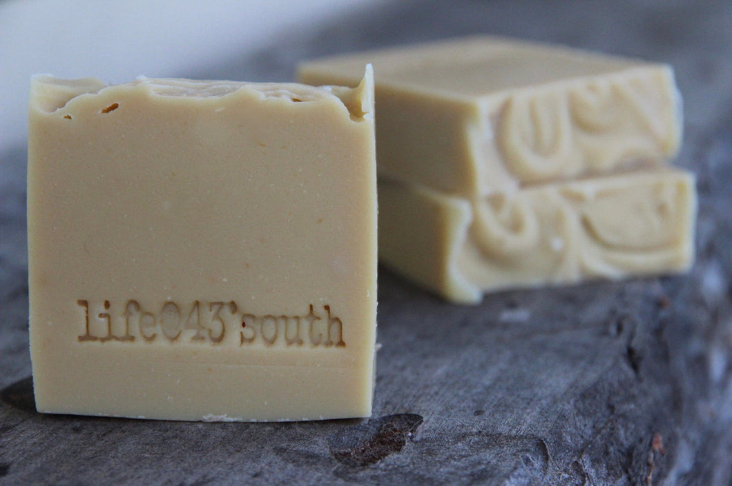 GOAT'S MILK SHAMPOO AND BODY BAR WITH NEEM OIL