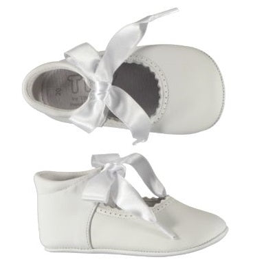 Baby Shoes White Bow - Eat Play Love
