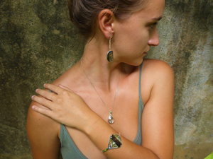 rutiletriangulation-collection-jewelry-ethical-sustainable-fairtrade-rutilequartz-cicelycliffl