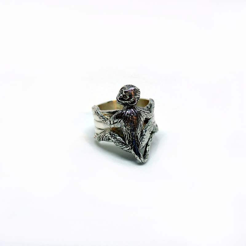 gibbonhug-ring-ethical-sustainable-organic-luxury-jewelry-fairtrade-conservation-charity-gibbon-monkey