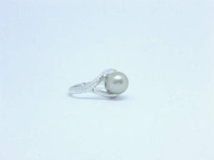 texturedpearlring-cicelycliff-ethical-sustainable-organic-luxury-custommade-southseapearl-ring-bespoke-jewelry-right