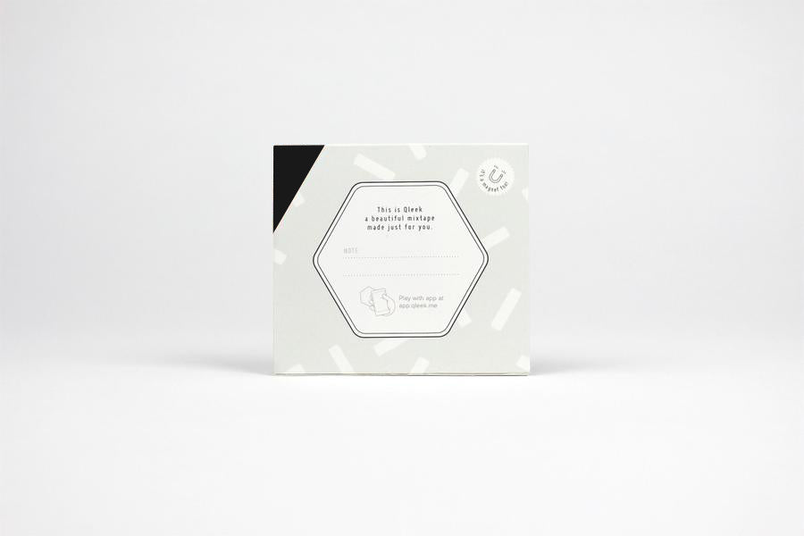 Qleek backside packaging