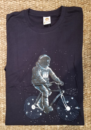 CYCLING IN SPACE