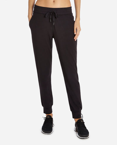 Tech Stretch Jogger
