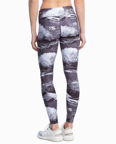 Wave Print Ankle Legging