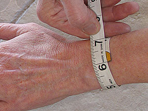 How To Measure Wrist