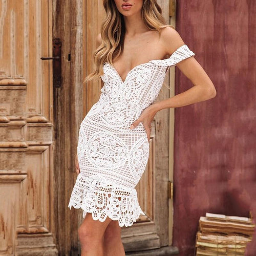 Sexy Commuting Boat Neck Hollow Out See-Through Lace Dress