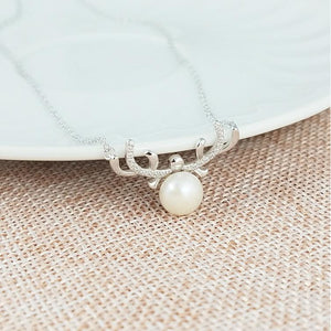 Reindeer Shell Pearl Necklace and Earrings in 925 Silver, Perfect for Christmas!