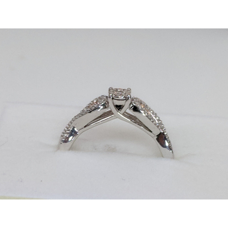 True Promise Ring-Sparkling and Affordable Diamond Promise Ring