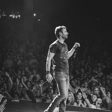 Dierks Bentley Announces Second Leg of 2014 Riser Tour