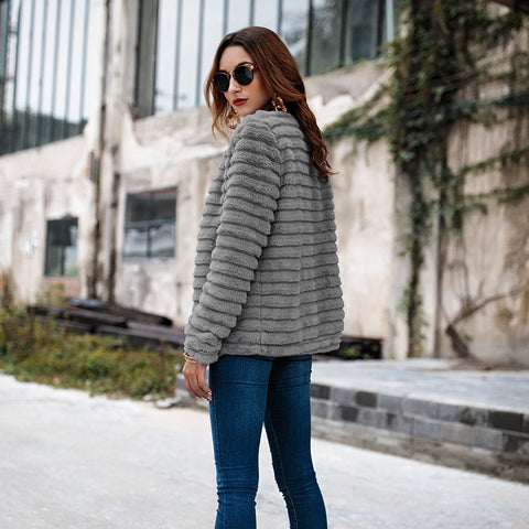 Elegante Faux Fur Strickjacke